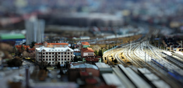 tilt2 30 Intriguing  Examples of Tilt Shift Photography