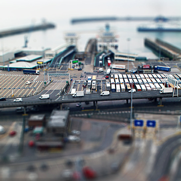 tilt7 30 Intriguing  Examples of Tilt Shift Photography