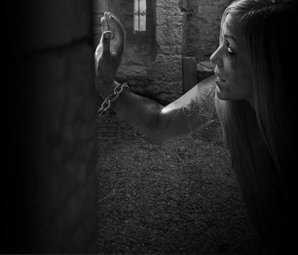 Captive14b Creating the Eerie Photo Manipulation Captive
